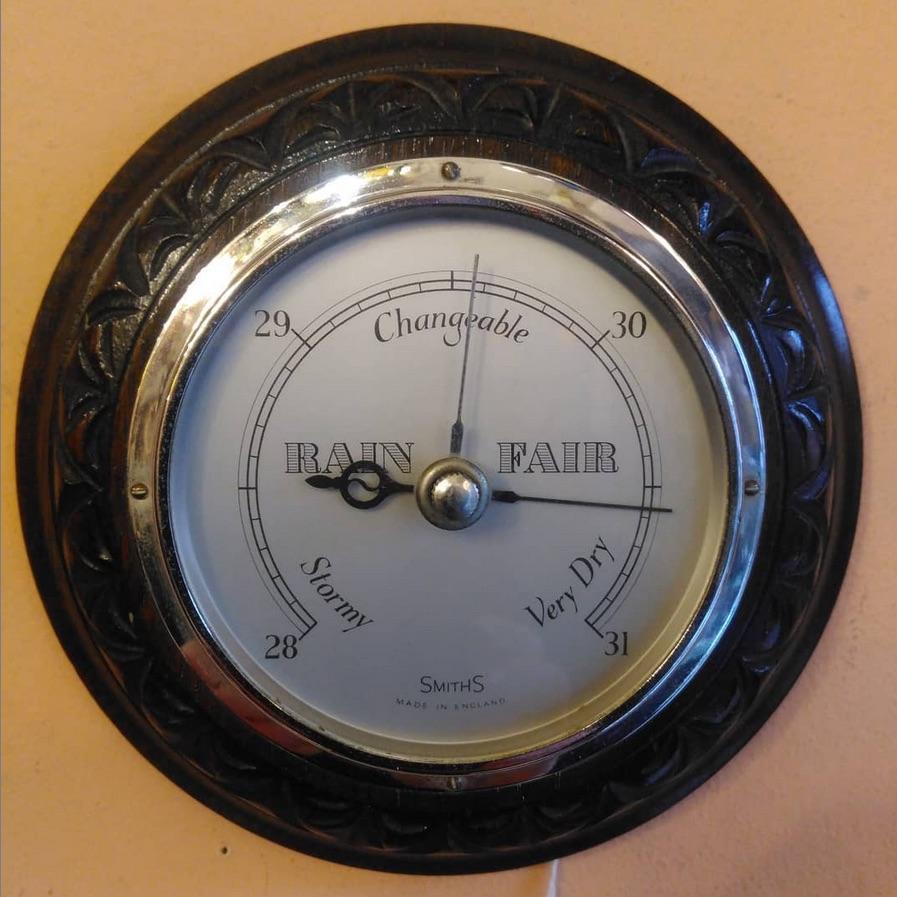 1930/40s aneroid barometer